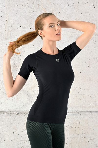 Ultra Light Breathing T-Shirt Black - BUD-90