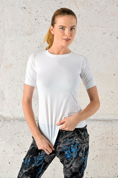 Ultra Light Breathing T-Shirt White - BUD-00