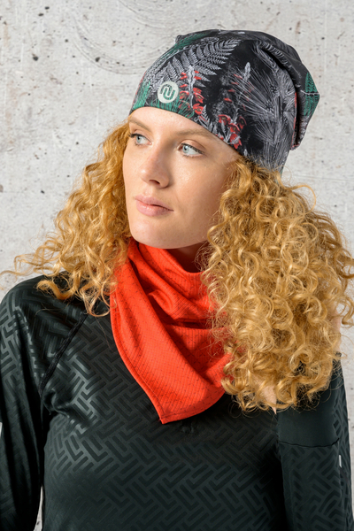 Thermoactive Triangular Scarf Red Mirage - ATK-11X4